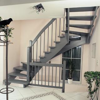 Zoeksnoek onder en bovenkwart hoograven trappenfabriek b v for Looplijn trap
