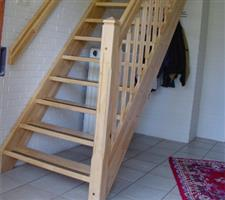 Zoeksnoek steektrap hoograven trappenfabriek b v for Steektrap berekenen